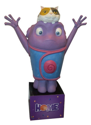 Large Plastic Statue of 'Oh' from 'Home' (25C-DA3-8A4)