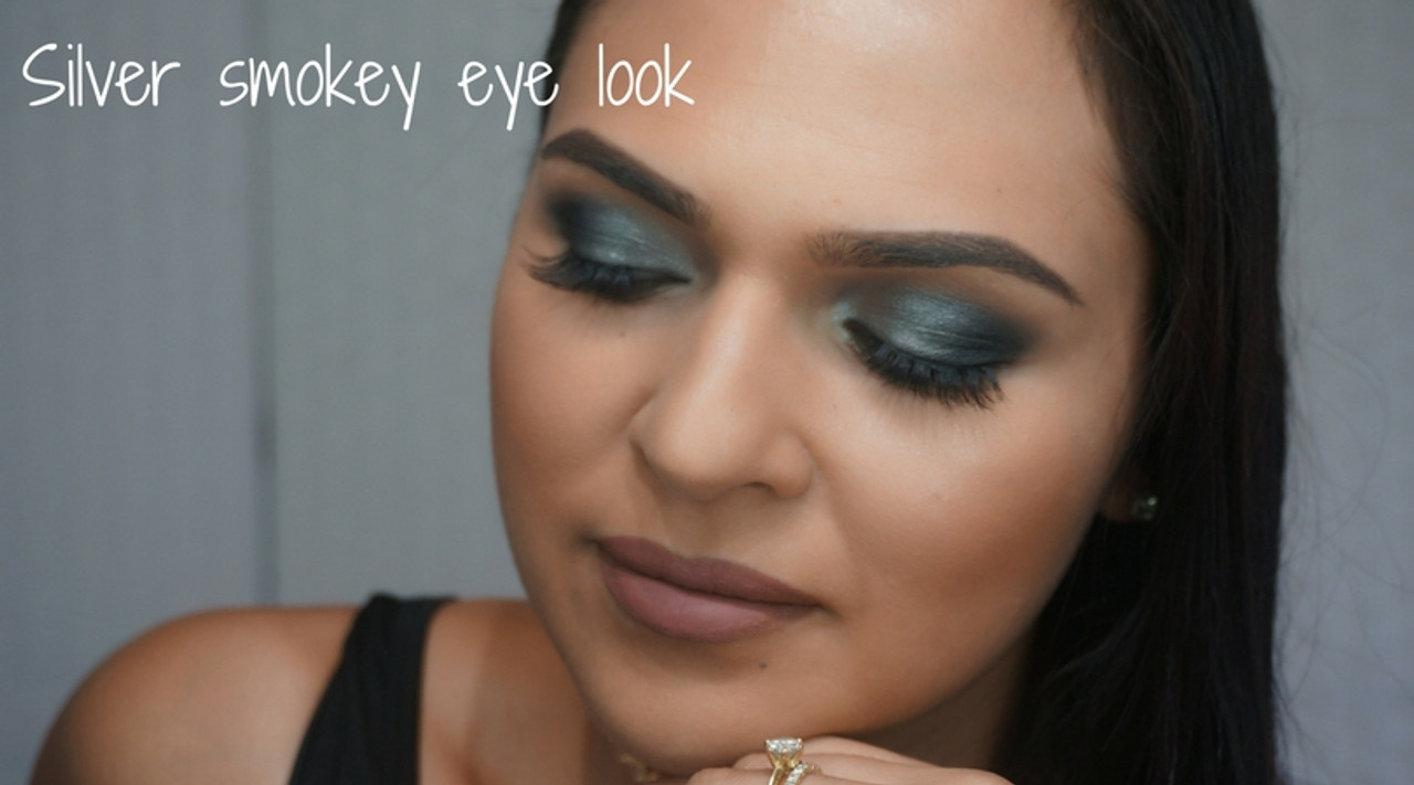 HOW TO: Silver smokey eye look