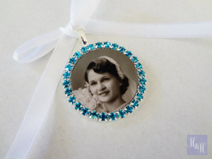 Bouquet Charm (Round w/ rhinestones BLUE) - Mary Design