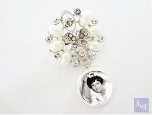 Bouquet Charm/Brooch - Rhinestones & Pearls - Everleigh Design