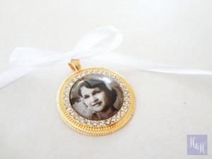 Bouquet Charm - Gold - (Round) w/ Rhinestones - Alira Design