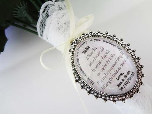 Bouquet Charm (Oval) - Leslie Design