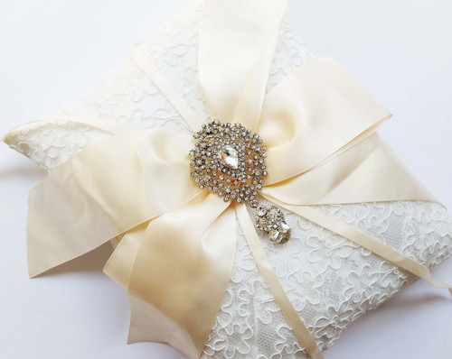 Personalised Ivory Ring Pillow - Natasha design