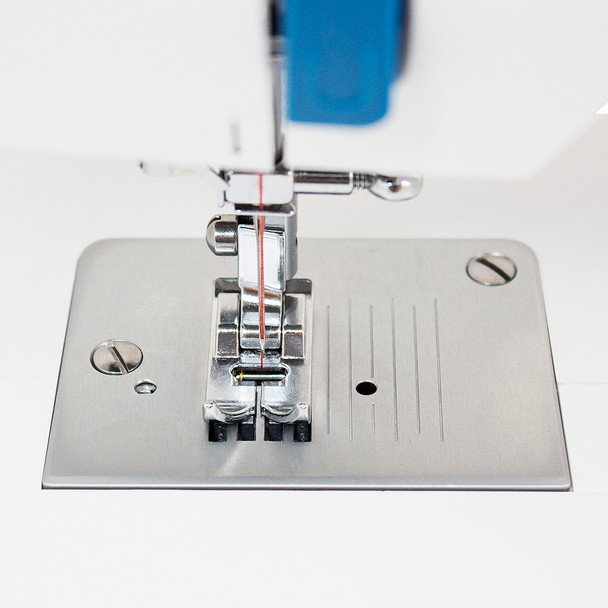 EverSewn Sparrow 15 – 32 Stitch Mechanical Sewing Machine needle plate