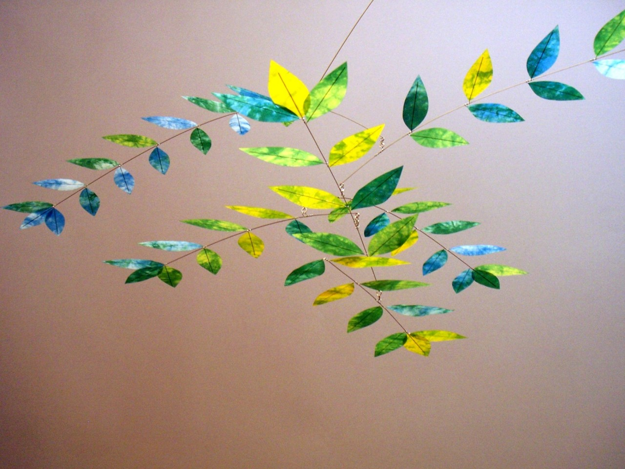Moon-Lily Dappled Leaf Mobile in Yellow/Green/Turquoise
