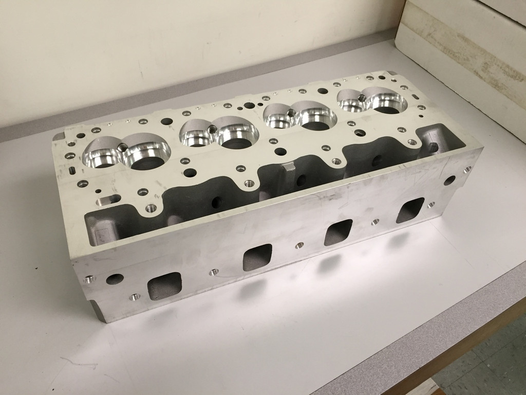 GM R0X 4.500 Splayed-Valve Aluminum Cylinder Head, Semi-Machined (pair)