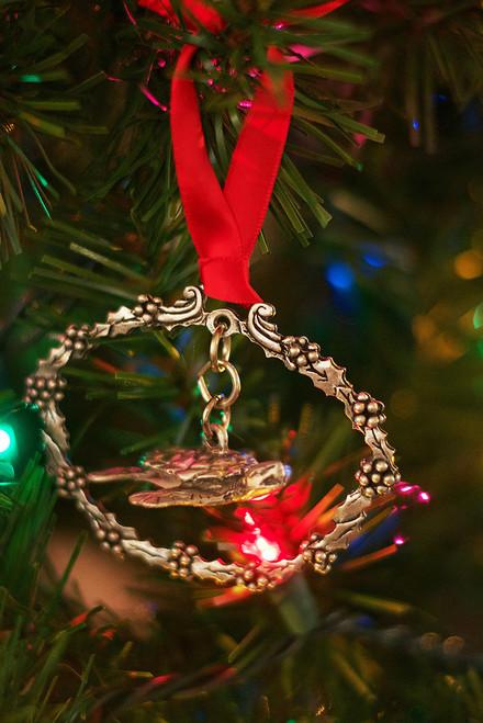 Sea Turtle Holiday Wreath Ornament