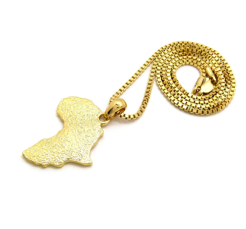 14k Gold Textured Mother Africa Box Chain Pendant