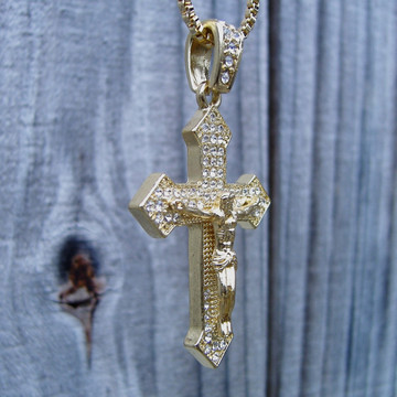 14k Gold Simulated Diamond Iced Out Arrow Cross Pendant Box Chain