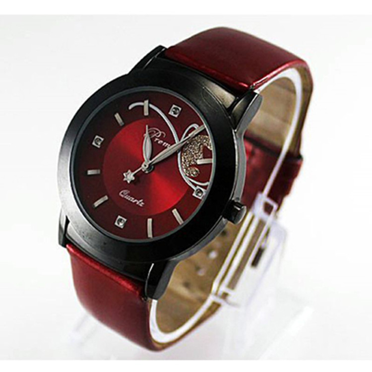 Fashion Girl Women Luxury Diamond CZ Pretty Quartz Watch Red