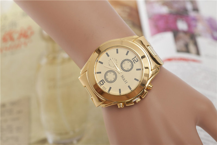 Stainless Steel Sport Quartz Wrist Hour Gold Bracelet Big Dial Watch