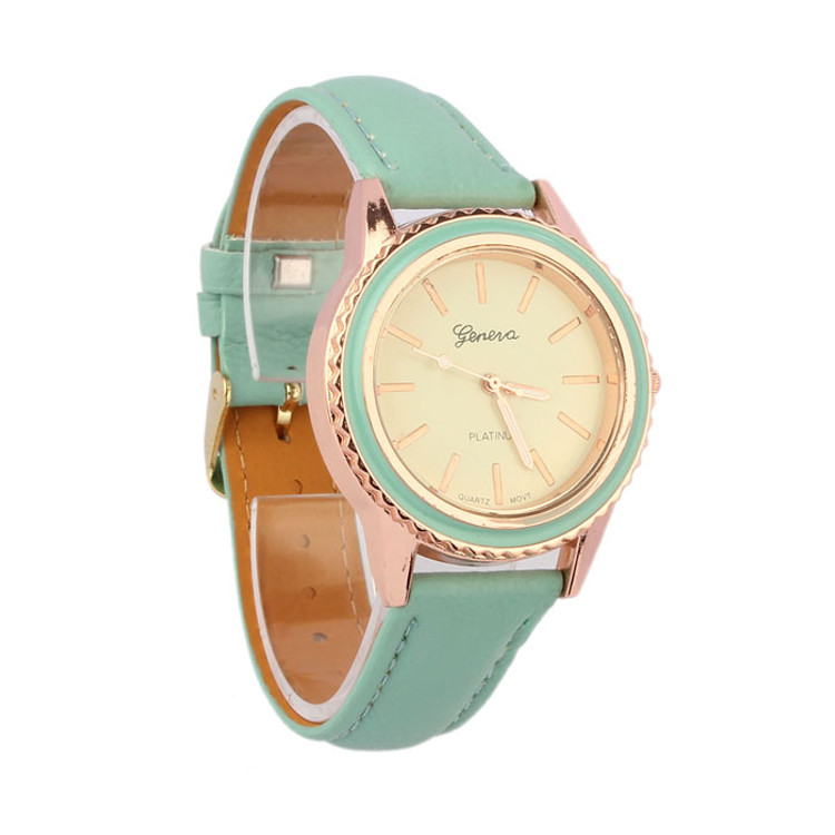 Fashion Vogue Women's Geneva Leather Analog Wrist Watch