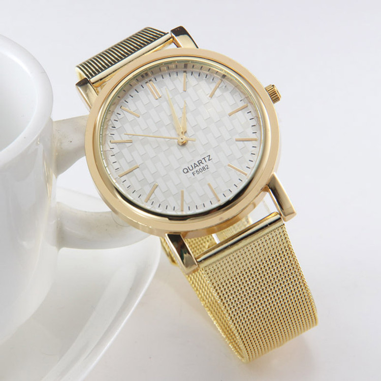 Gold Classic Sleek Design Womens Stainless Steel Wrist Watch