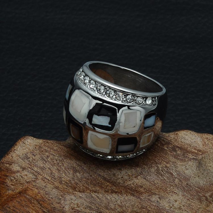 Ladies Elegant AAA Simulated Diamond Soccer Shell Silver Titanium Ring