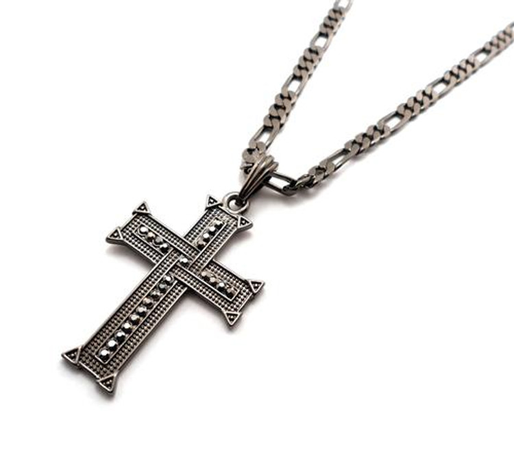 Knit Cross Pendant w/ Figaro Chain Black