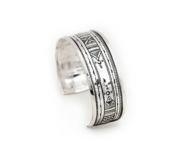 Traditional Motif Etched Fine SilverCuff