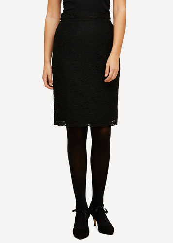 Lea Oleana Short Lace Skirt, 85O Black