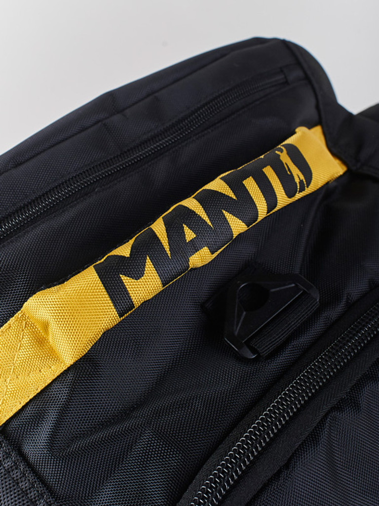 Comfortable reinforced handle, ideal for easily lifting the bag even when full