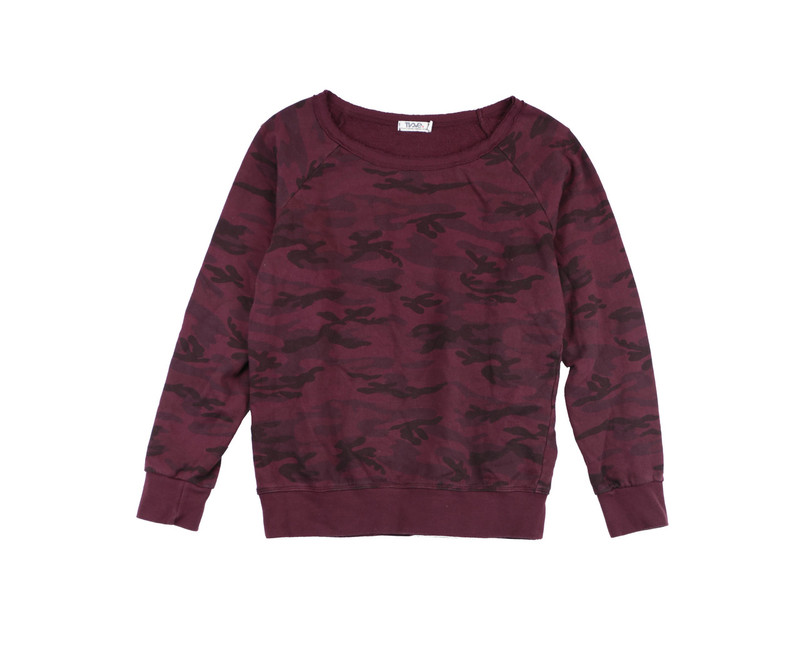 D BURGUNDY CAMO PRINTLONG TWISTED SLEEVE CREW TOP