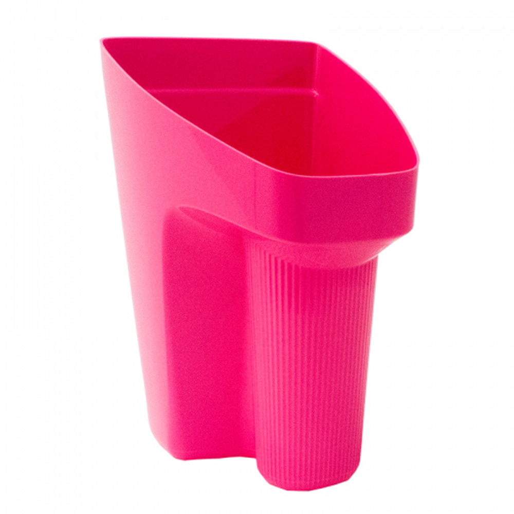 Tubtrugs Scoopour comes in pink and purple. More colours coming soon.