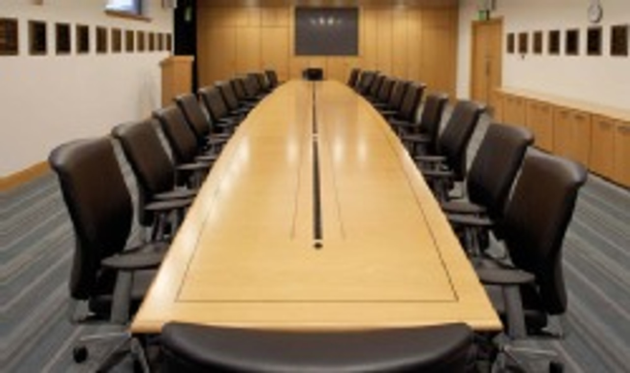 Fulcrum Large Conference Tables