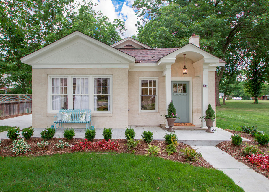 A serendipitous visit leads to a cottage revival