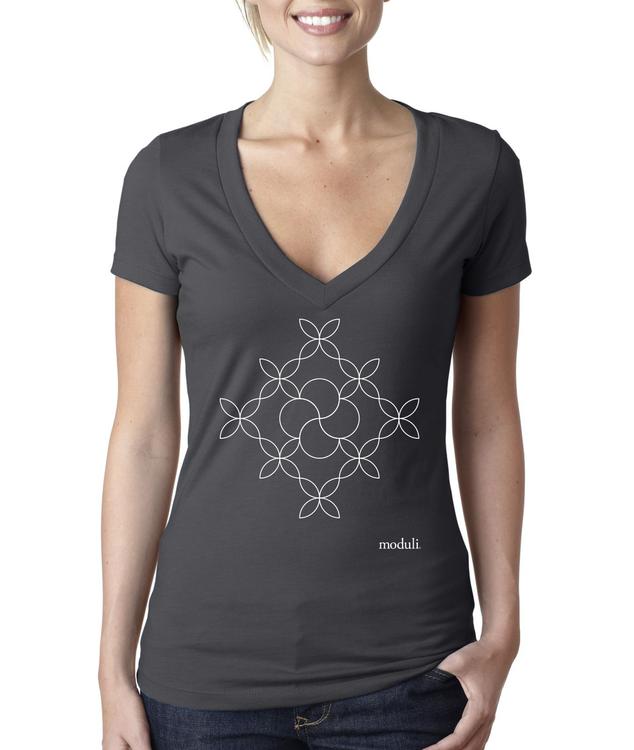 t-shirt / pattern, women