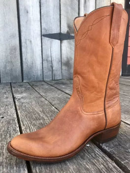 Women's Handmade Chestnut Oiled Roper