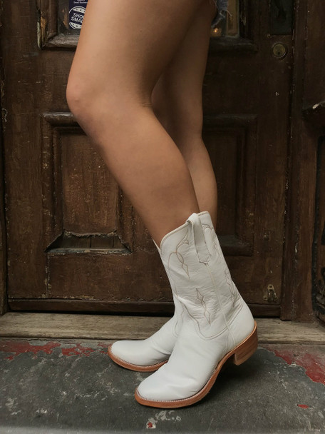 White Rios Ropers Boots