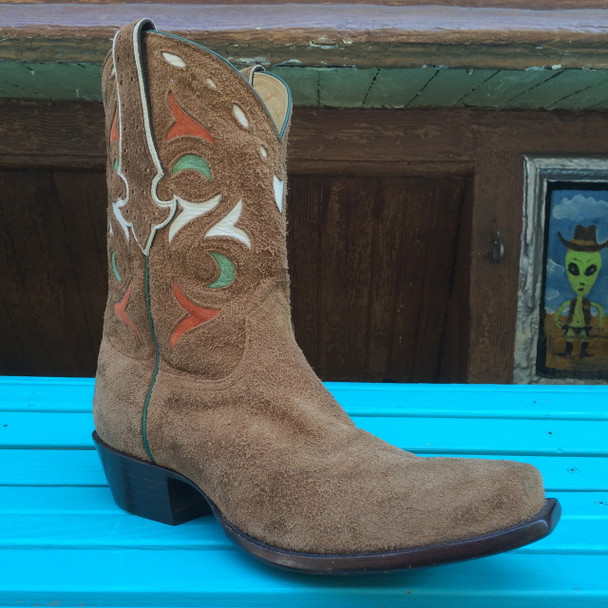 Roughout Western Retro