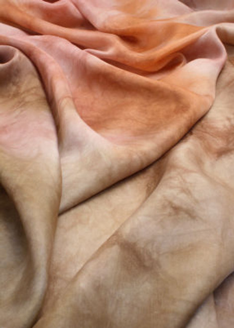 "Habotai, ""Paj"" silk fabric. Luxurious and elegant feel with a refined luster."