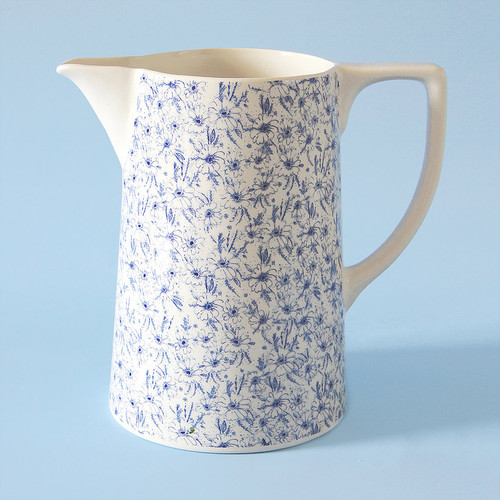 Ceramic large Vintage Daisy jug. Made in England.