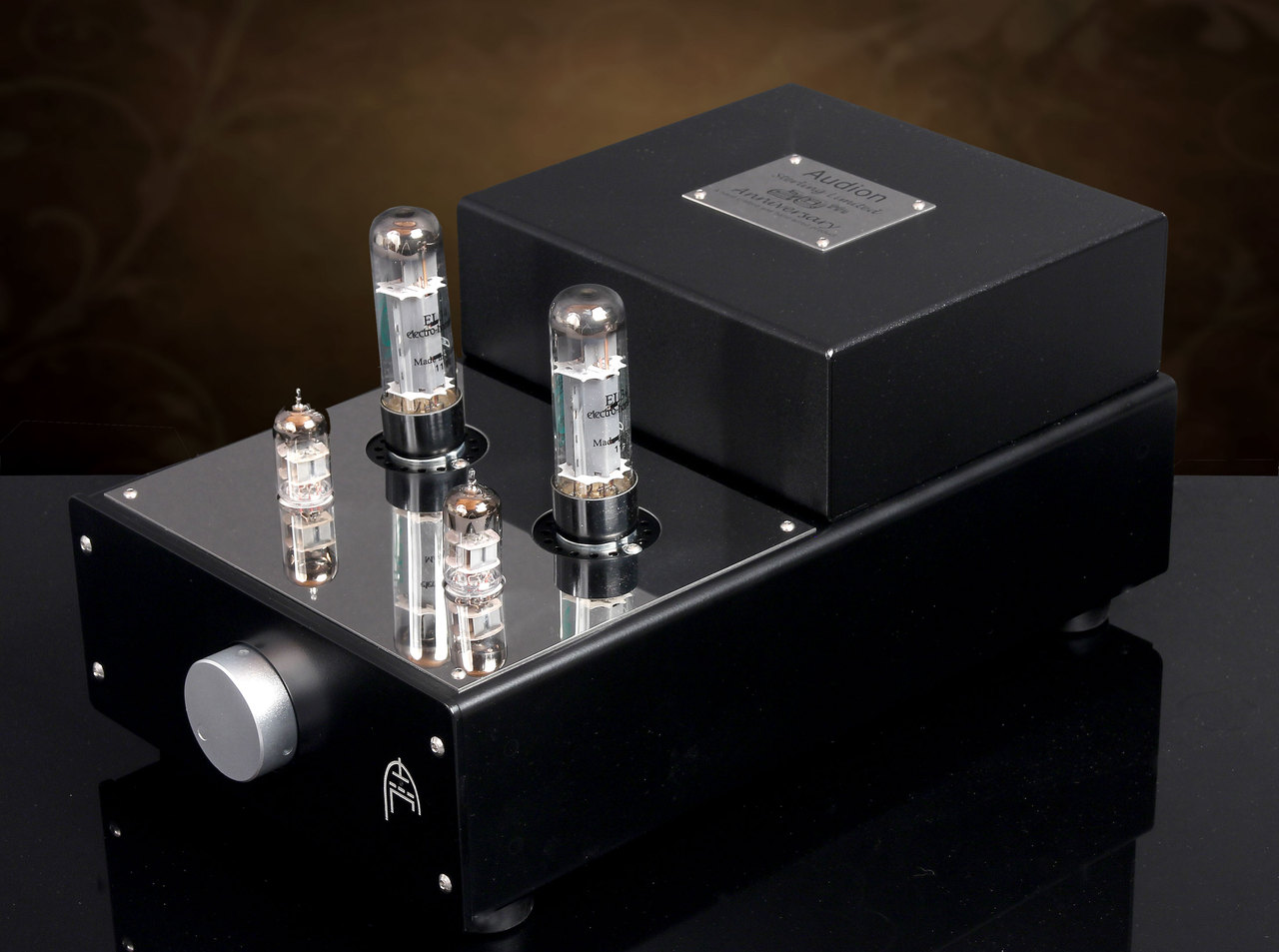Audion Sterling Stereo EL34 Anniversary Hardwired  Stereo Amplifier. Rave Reviews. Now at True Audiophile.