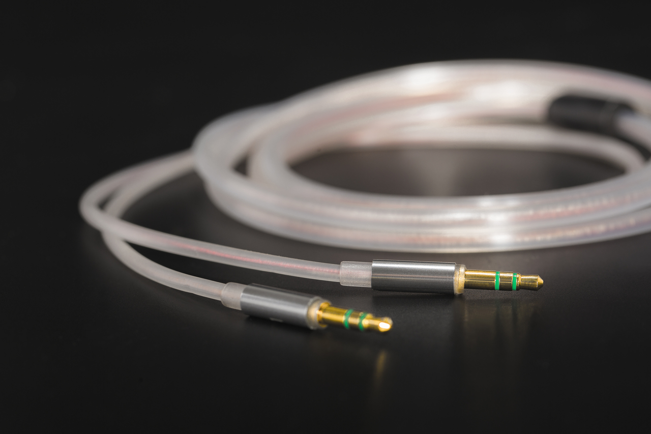All new HiFiMan Ananda cables. At True Audiophile.com