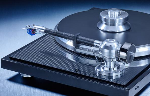 "EAT C-Major Turntable 9""Tonearm, Dust Cover, Optional Ortofon Quintet Blue Cartridge"