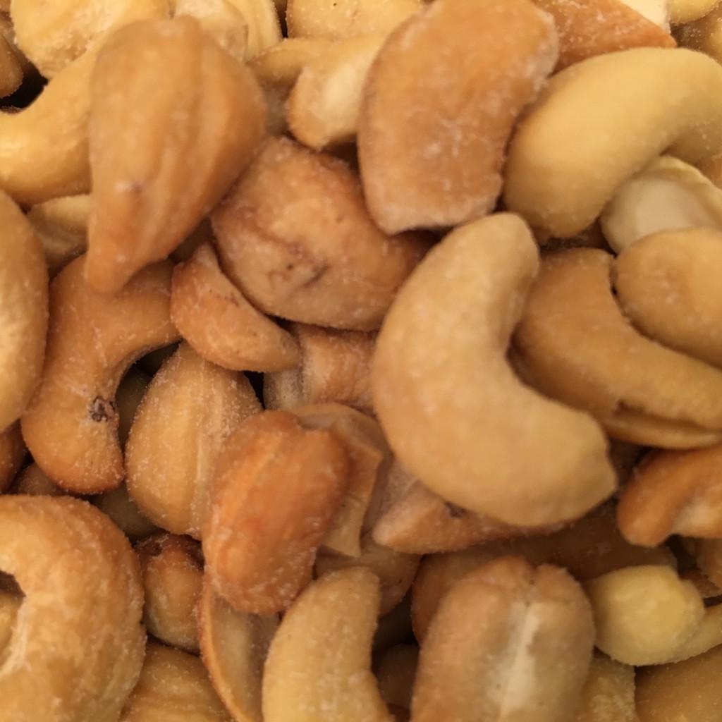 Cashews Dry Roasted Salted or No Salt Bulk 12 or 25 Lb