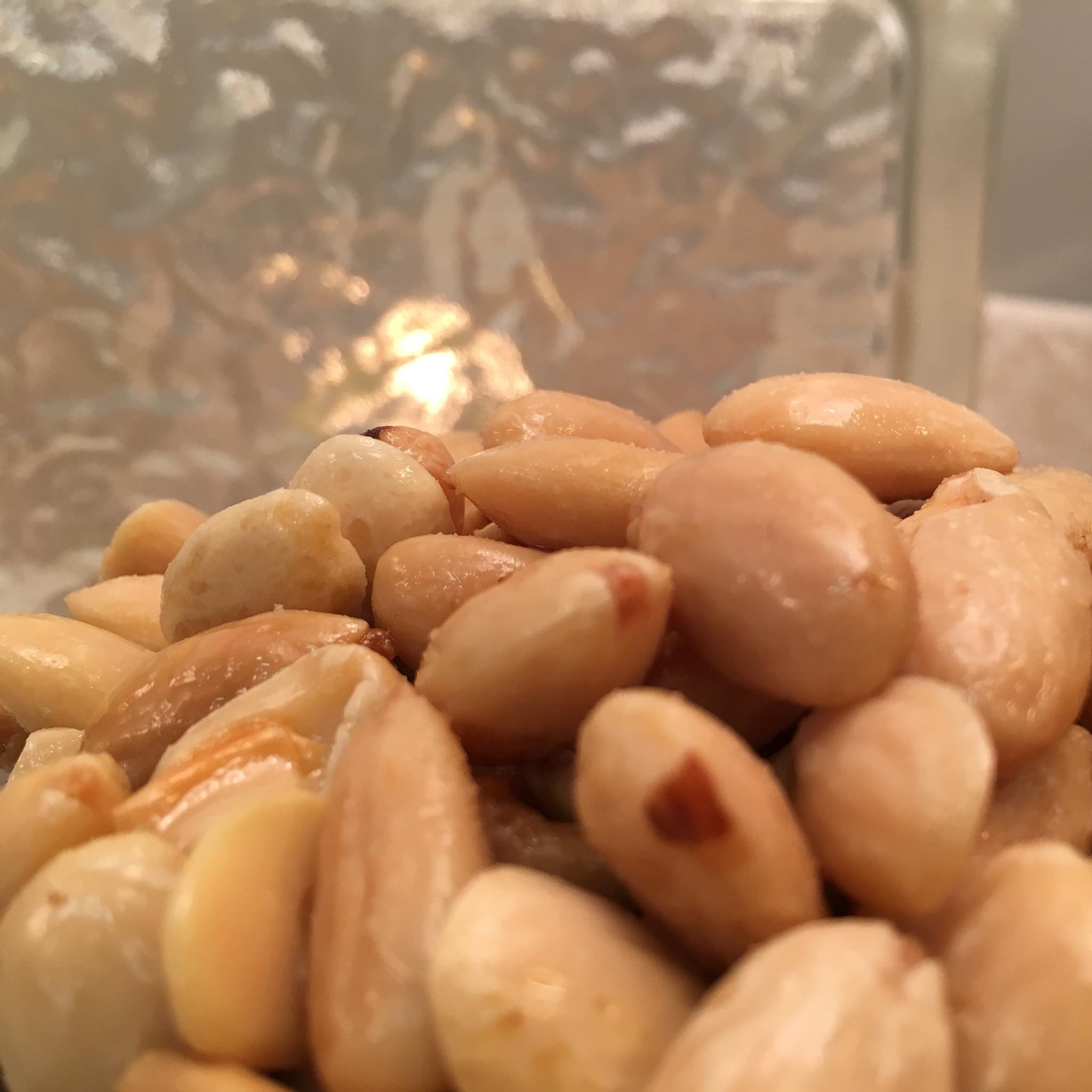 Mediterra Almonds - (Bulk, by the lb.)