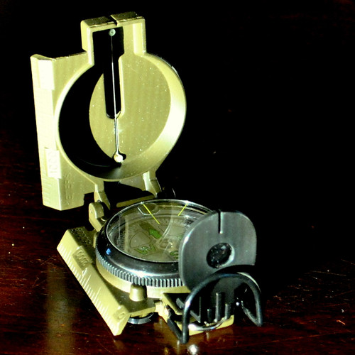 Military-Style Compass -Day or Night Use