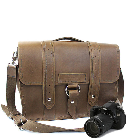 """15"""" Large Sonoma Voyager Large Camera Bag in Brown Oil Tanned Leather"""
