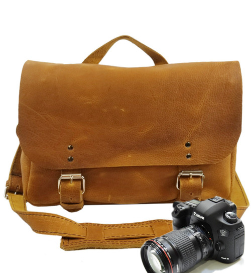 "14"" Medium Lewis & Clark Camera Bag in Tan Grizzly Leather"