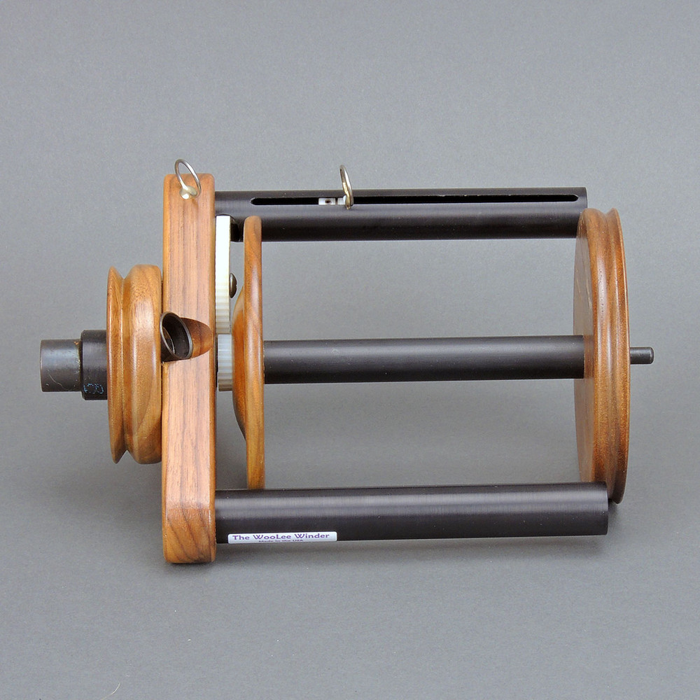Walnut WooLee Winder