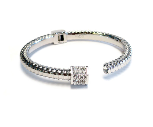Enjoy this silver screw inspired bracelet from our nut and bolt collection, industrial yet edgy.  The crown resembles the bolt with screw gooves very original and designed by Liza Schwartz.