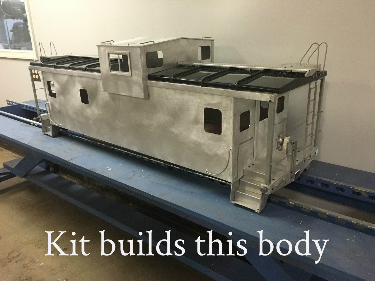 Modern Wide Vision Caboose Body (Kit)