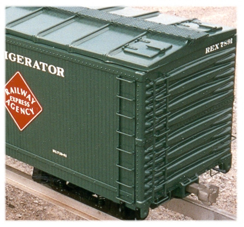 50' Express Reefer, Wood Type, with Ice Hatches (Assembled)