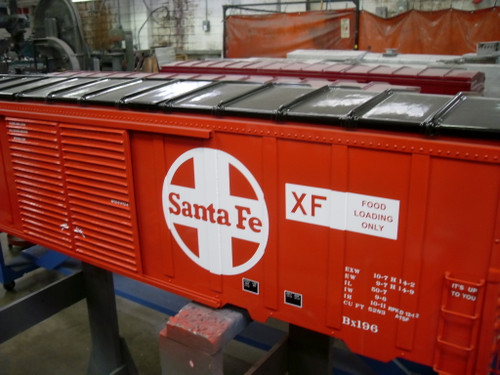 SANTA FE 50' Modern Box Car Body, Assembled   ON SALE