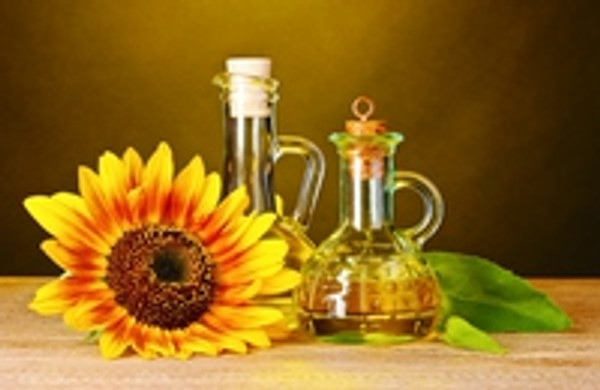 Why Sunflower Oil Is So Good For Your Hair
