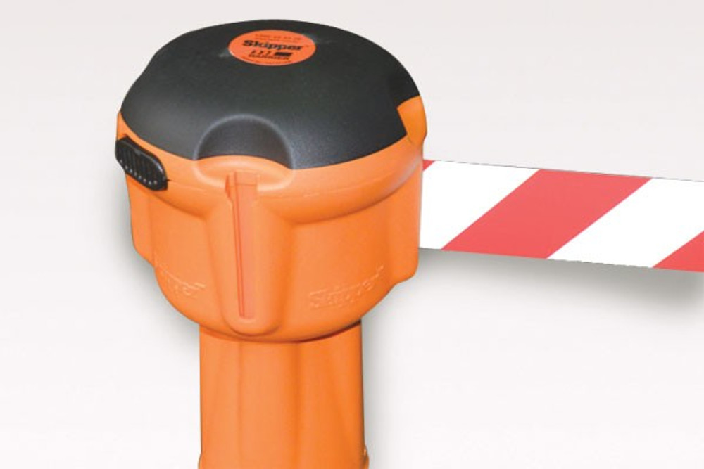 SKIPPER 9m retractable barrier - RED/WHITE
