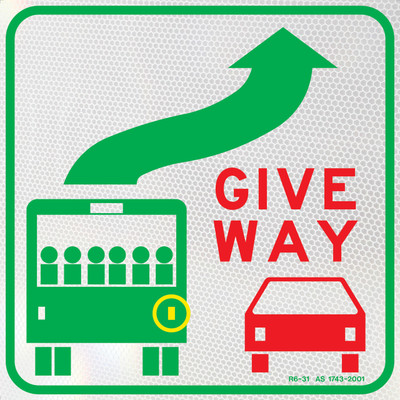 GIVE WAY TO BUSES 350x350 Class 1 DECAL