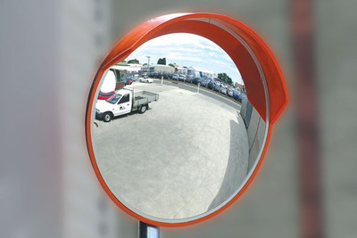Convex mirror - 1000mm outdoor (wall & post mount bracket supplied)