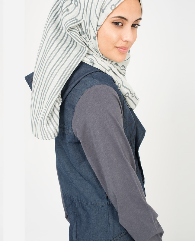 Vapor Blue and Griffin Hijab